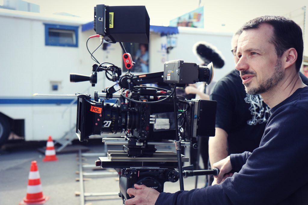 "Kameramann Sören Schulz an der Alexa Mini am Set von ""Der Rebell"""